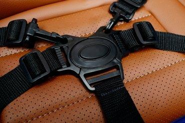 Pojazd akumulatorowy na licencji VW Touareg niebieski